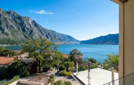 Apartment with stunning view over the sea in Kotor Bay for 130,000 €