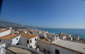 Townhouses for sale in Valencia. Terraced house – Altea, Valencia, Spain