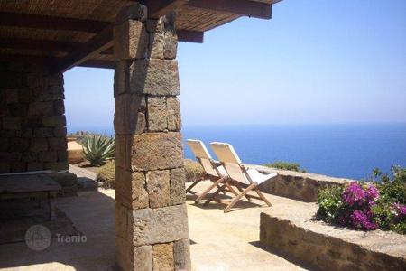 Property for sale in Sicily. Villa - Sicily, Italy
