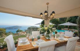 Villefranche-sur-mer — Superb tastefully decorated sea view villa. Price on request