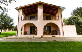 4 bedroom houses for sale in Tuscany. House with a sea view and a garden on a large plot of land, Orbetello, Italy. Great investment opportunities!