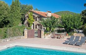 5 bedroom houses for sale in Fayence. Var backcountry — Character Provencal property