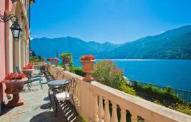 Luxury houses with pools for sale in Lombardy. Apartment in a historic villa in Carate Urio, Lake Como, Italy