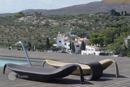 Villas and houses to rent in Cadaqués. Villa – Cadaqués, Catalonia, Spain