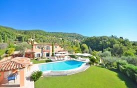 Luxury 6 bedroom houses for sale in Grasse. Villa – Grasse, Côte d'Azur (French Riviera), France