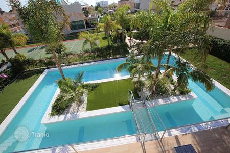 3 bedroom houses for sale in Costa Blanca. Orihuela Costa, La Zenia, newbuilt Villa of 260 m² on a 750 m² plot