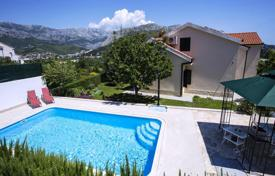 Apartments with pools for sale in Croatia. Villa with pool and garden in a quiet area, surrounded by nature in Split, Croatia