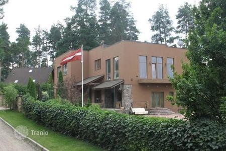 Houses for sale in Latvia. Spacious house not far from Riga