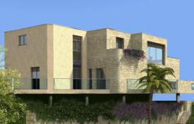 Luxury new homes for sale in France. Classy contemporary design close to the promenade and the sea in Menton
