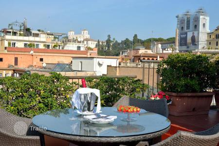 Hotels for sale in Rome. Four-star hotel in central Rome