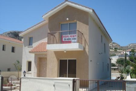 Houses for sale in Kalavasos. Four Bedroom Detached House