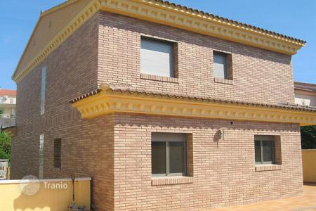 5 bedroom houses for sale in Costa Dorada. Villa – Calafell, Catalonia, Spain
