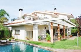 5 bedroom houses for sale in Costa Dorada. Villa – Tamarit, Catalonia, Spain