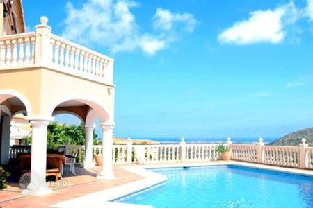 Luxury houses with pools for sale in Denia. Villa - Denia, Valencia, Spain