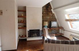 Apartments for sale in Baveno. Baveno. Charming apartment in a romantic castle on the lake Maggiore.