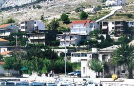 Coastal apartments for sale in Omis. Apartment – Omis, Split-Dalmatia County, Croatia