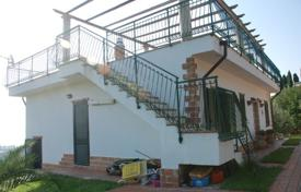3 bedroom houses for sale in Calabria. Furnished villa with a large garden, Soverato, Calabria, Italy