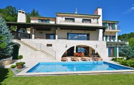 Villas and houses for rent with swimming pools in Croatia. Detached house – Rijeka, Primorje-Gorski Kotar County, Croatia