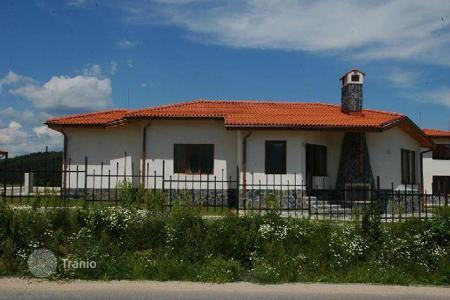 Cheap 3 bedroom houses for sale in Bulgaria. Detached house - Maritsa, Sofia region, Bulgaria
