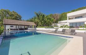 5 bedroom houses for sale in Costa del Sol. Stunning villa in Nueva Andalucia, Las Brisas