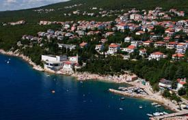 Coastal property for sale in Crikvenica. Elegant villa in Dramalj