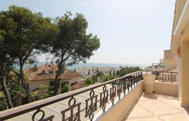 Luxury apartments with pools for sale in Andalusia. Two-level luxury penthouse on the beach, Marbella, Andalusia, Spain