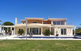 3 bedroom houses for sale in Faro. Spacious Deluxe 4 Bedroom Villa with Spectacular Sea Views Near Carvoeiro
