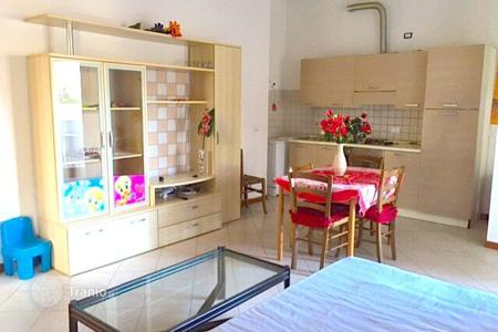 Cheap 2 bedroom apartments for sale in Emilia-Romagna. Three-bedroom apartment with modern finishes and a private balcony, Rimini, Italy