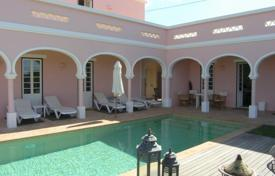 Luxury residential for sale in Algarve. Villa – Portimao, Faro, Portugal