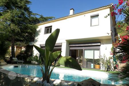 4 bedroom houses for sale in Catalonia. Villa – Alella, Catalonia, Spain