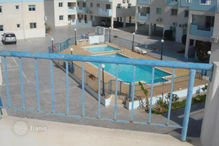 2 bedroom apartments by the sea for sale in Oroklini. Two Bedroom Apartment with Title Deeds
