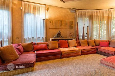 4 bedroom apartments for sale in Lombardy. Two-level penthouse with panoramic roof terrace in the center of Milan, Lombardy, Italy