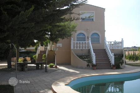 Houses with pools for sale in Northern Spain. Villa - Basque Country, Spain