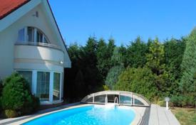 Property for sale in South Bohemian Region. Comfortable villa with pool, garage and garden in Třeboň, Czech Republic