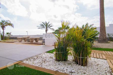 3 bedroom houses for sale in Palm-Mar. Villa - Palm-Mar, Canary Islands, Spain