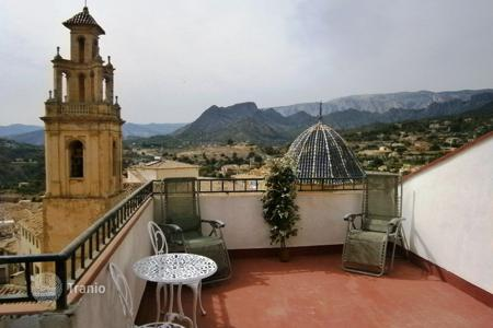 Cheap residential for sale in Finestrat. Terraced house – Finestrat, Valencia, Spain