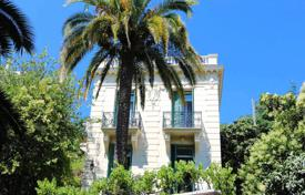 4 bedroom houses for sale in Nice. Three-storey villa with a terrace and a picturesque garden, near the city center and the Promenade des Anglais, Nice, France