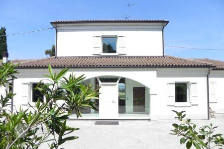 Luxury residential for sale in Bertinoro. Villa – Bertinoro, Emilia-Romagna, Italy