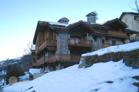 Luxury 5 bedroom apartments for sale in Alps. Apartment – Saint-Martin-de-Belleville, Auvergne-Rhône-Alpes, France