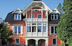 Luxury residential for sale in Black Forest (Schwarzwald). Three-storey villa of the 19th century with terrace, winter garden, park in the picturesque area of Baden-Baden, close to Lichtentaler Alley