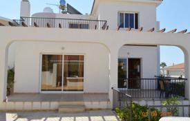 3 bedroom houses for sale in Tala. Detached 3 Bedroom Villa with Sea Views, Title Deeds — TALA