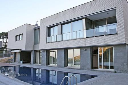Luxury residential for sale in Costa Brava. House in Сala Sant Francesc
