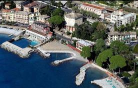 2 bedroom apartments by the sea for sale in Santa Margherita Ligure. New apartment in a unique residential complex in 100 meters from the beach, the coast of Santa Margherita Ligure, Italy