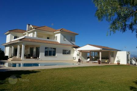 5 bedroom houses for sale in Nicosia. Five Bedroom Villa in Agious Trimithias