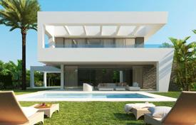 Houses with pools for sale in Alhaurín de la Torre. Villa – Alhaurín de la Torre, Andalusia, Spain