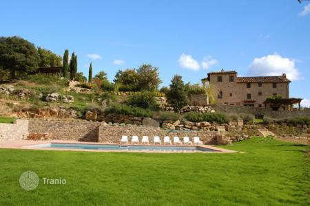 Villas and houses for rent with swimming pools in Siena. Villa – Siena, Tuscany, Italy