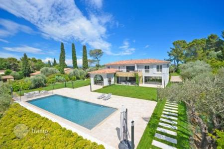 Luxury 6 bedroom houses for sale in Mougins. Villa – Mougins, Côte d'Azur (French Riviera), France