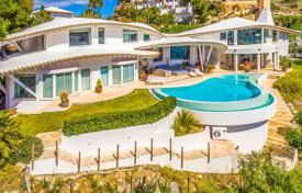 Houses with pools for sale in Balearic Islands. Luxury villa with a guest apartment, a pool and lounge areas, Port d'Andratx, Spain