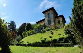Luxury 5 bedroom houses for sale in Italy. Villa – Stresa, Piedmont, Italy
