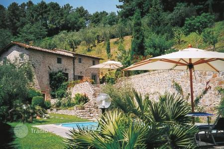 3 bedroom villas and houses to rent in Tuscany. Villa - Lucca, Tuscany, Italy